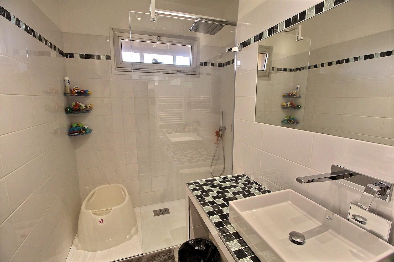 Ajaccio Appartement T3 Pietralba salle de bain