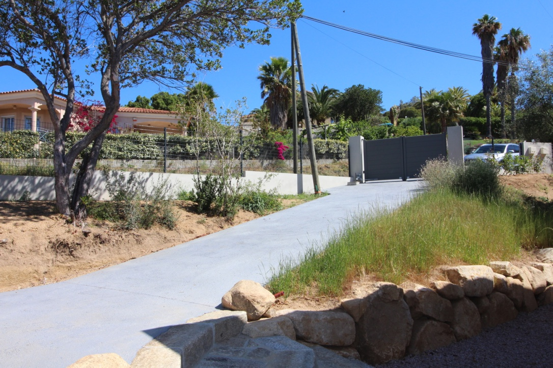 Villa Porticcio vue mer F4 Rive sud investissements piscine